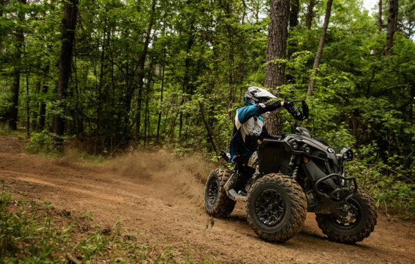 2017-can-am-renegade-x-xc1000r_tripleblack2