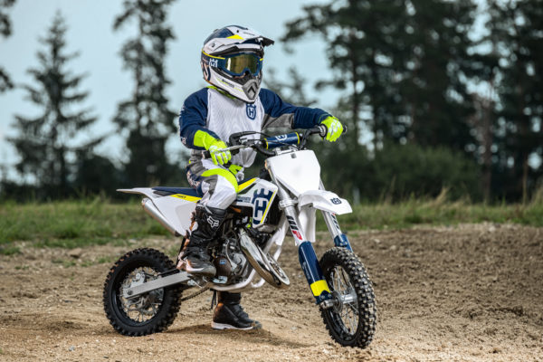 Husqvarna MY17 TC 50 Action