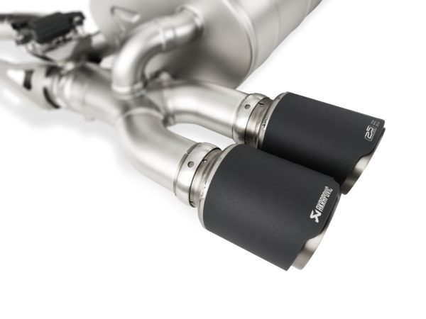 pr_akrapovic_limited_edition_25_years-2