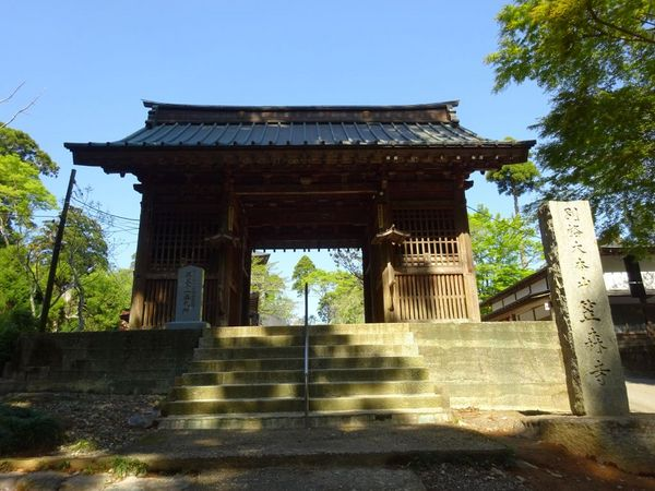 古来より巡礼の霊場!日本唯一の四方懸造【笠森観音】とは