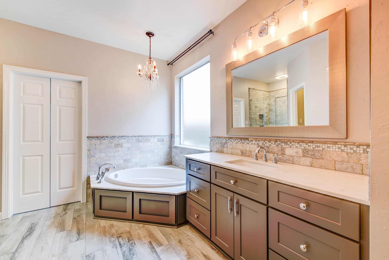 Bathroom Remodeling Houston Tx  Powers Remodeling