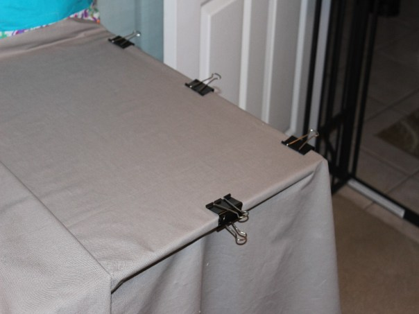 Binder clip to table