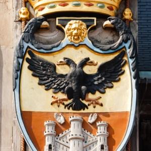 Элементы декора ратуши на Grote Markt