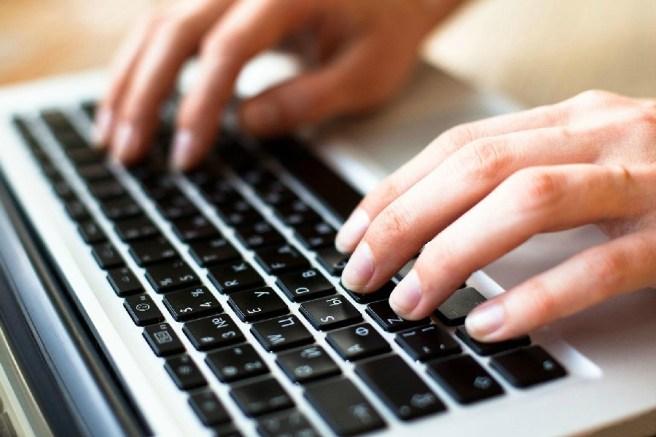 руки на клаве