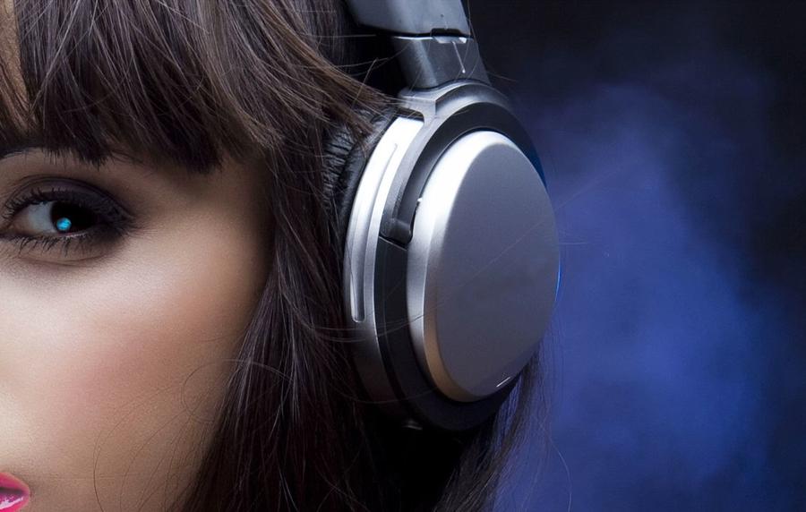 Почему молодым не стоит покупать беспроводные Bluetooth-гарнитуры?