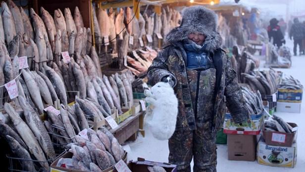 oymyakon-coldest-village-on-earth-amos-chapple-01
