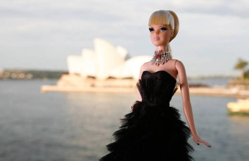 Самая дорогая кукла Барби.