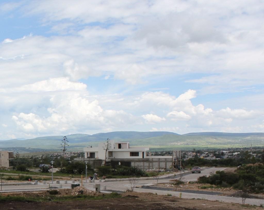 contemporary home in guanajuato