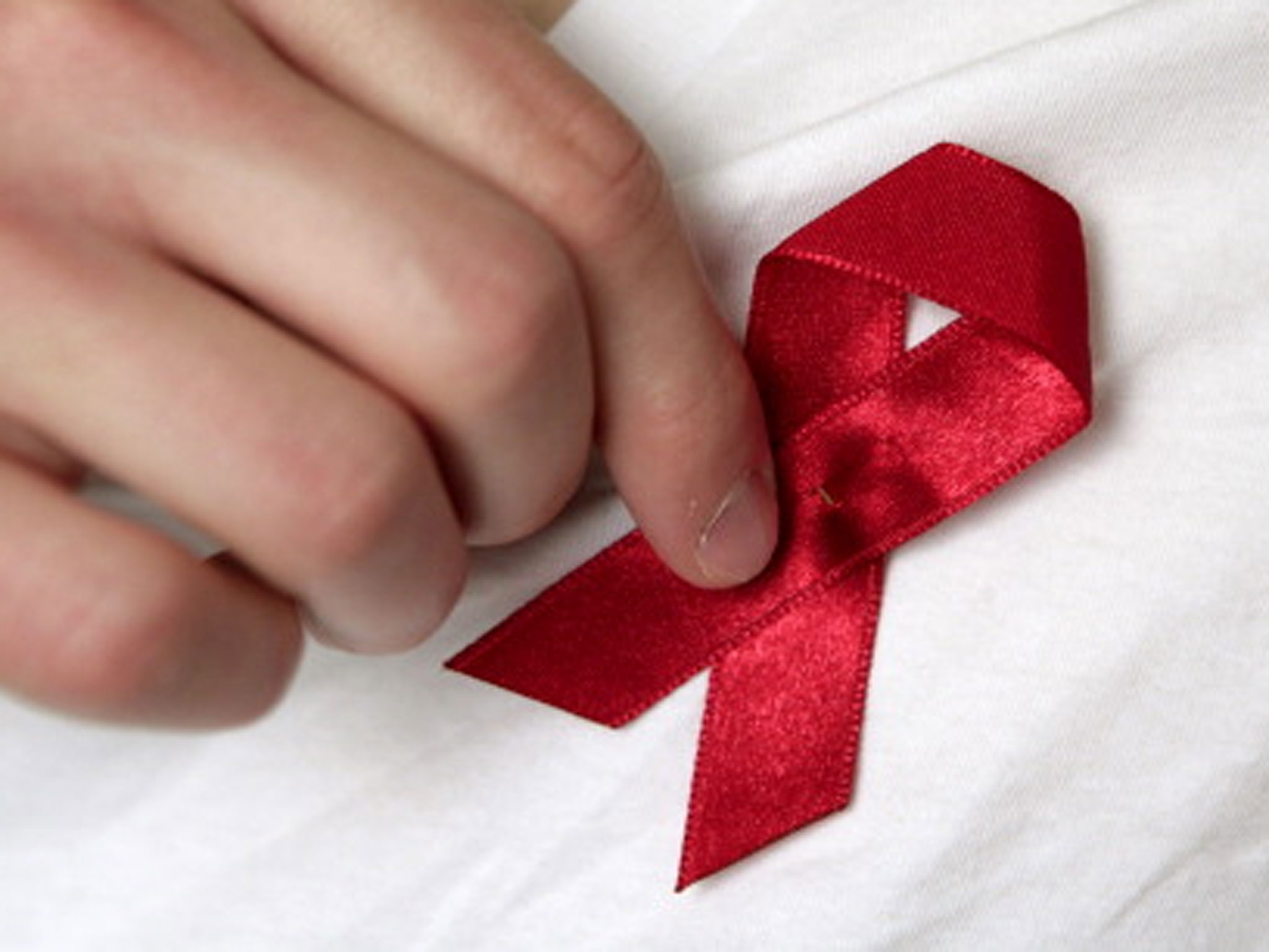 red ribbon aids