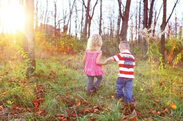 Znalezione obrazy dla zapytania dzieci w lesnym przedszkolu zdjecia