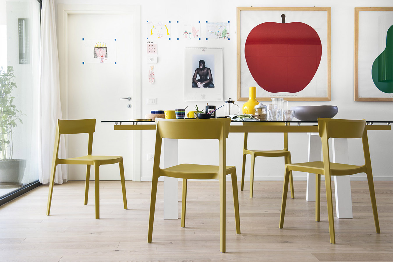 Sedia Impilabile Skin  Calligaris  Pozzoli Living  Moving