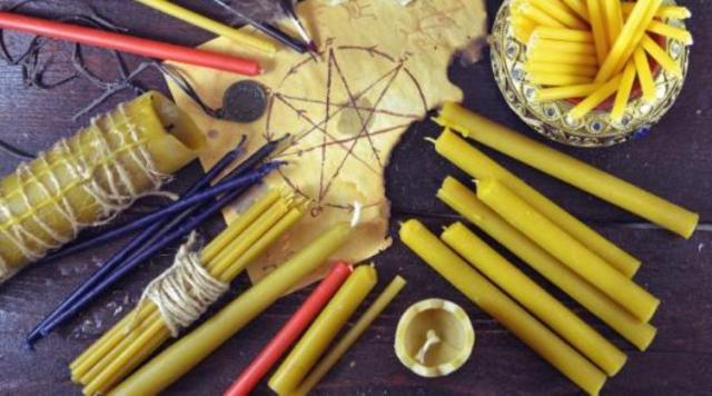 Желтые свечи в магии