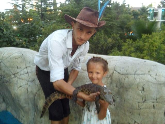 Сочи, шоу крокодилов