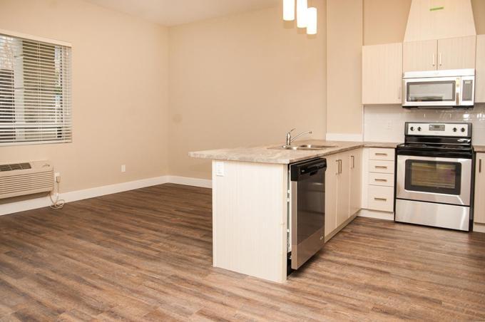149 Main Apartments Photo 1
