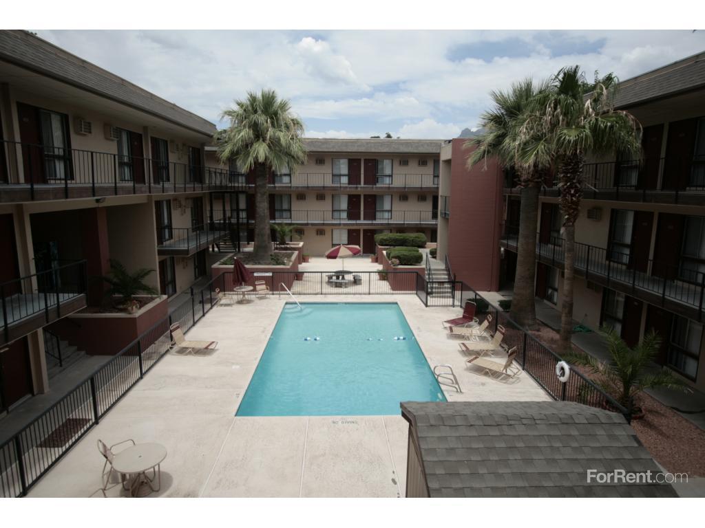 5111 N Mesa St El Paso TX  Walk Score
