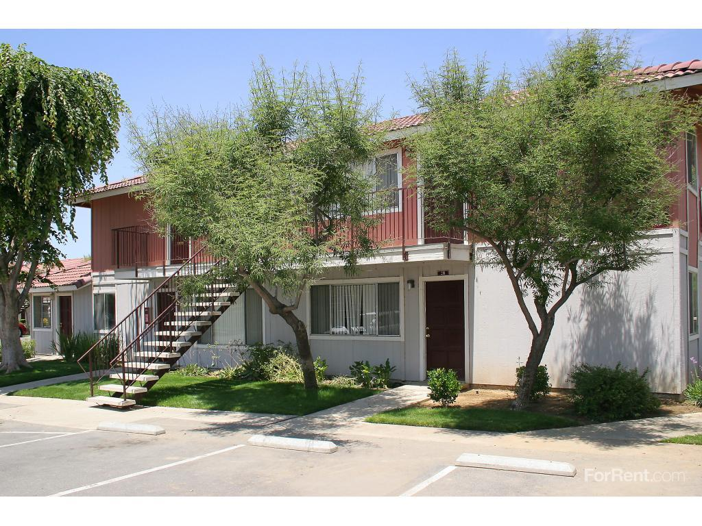Springwood Court Apartments, Bakersfield CA