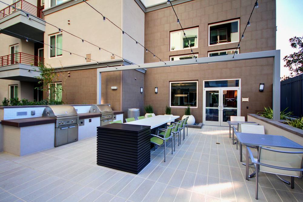Vivere Lofts Apartments, Anaheim CA
