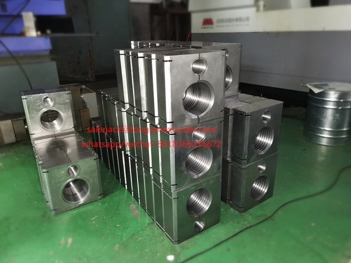 corrugated pipe mould