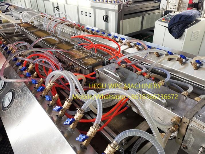 Machine de Portes  Profilés WPC PVC