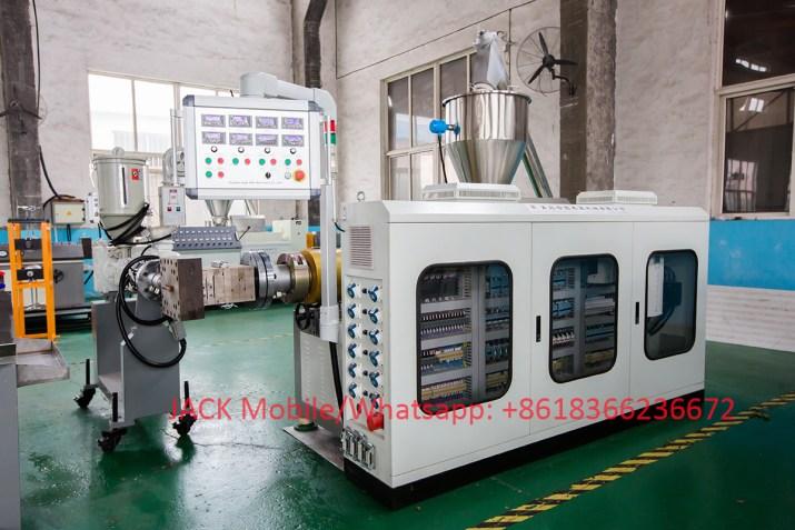 extrudeuse  de Portes  Profilés WPC PVC