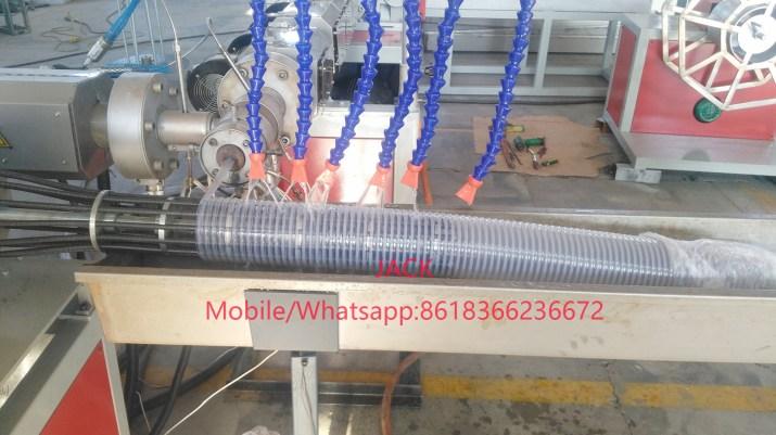 Extrudeuse à tuyaux d'aspiration en spirale en PVC