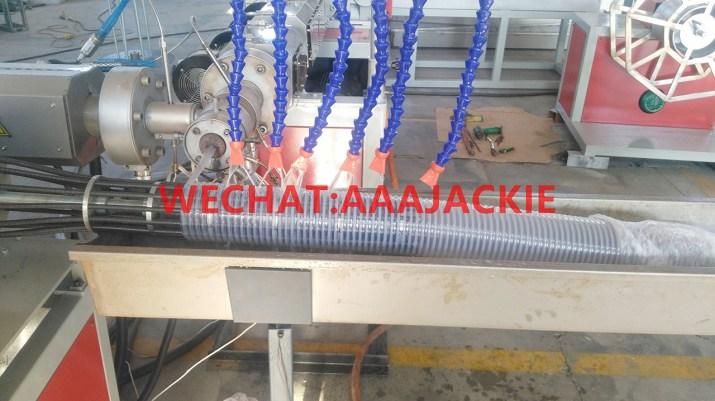 Máy sản xuất ống Gân Nhựa