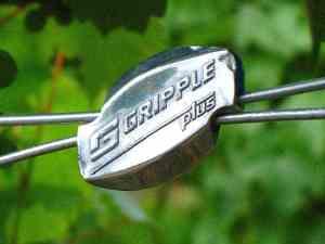 cam lock gripples for dog fence