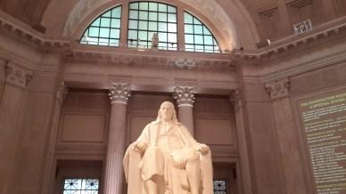 Benjamin Franklin statute on The Franklin Institute