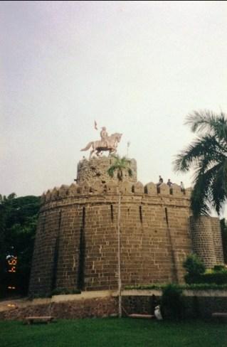 Akaluj Fort