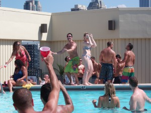 Chicago Apartments, 1120 N LaSalle, Pool Party