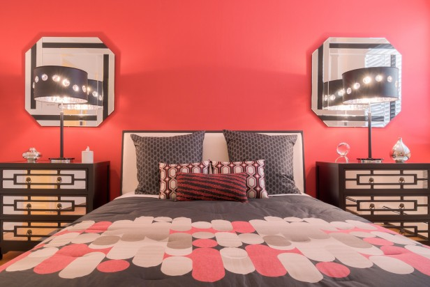 Chicago Apartments, 3510 N Pine Grove, Bedroom