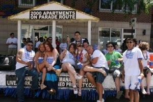 Chicago Apartments, Pride Parade