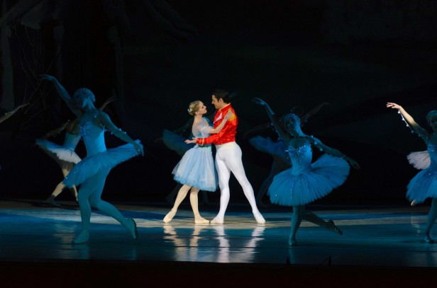 Chicago Apartments, December Events, Joffrey Ballet, The Nutcracker