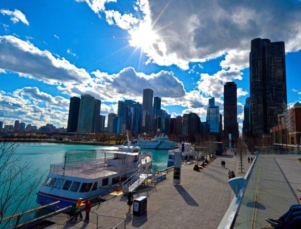 Chicago Apartments, Navy Pier