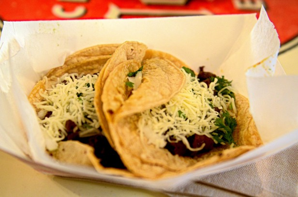 Chicago Apartments, Flacos Tacos, Lime-Grilled Steak Taco