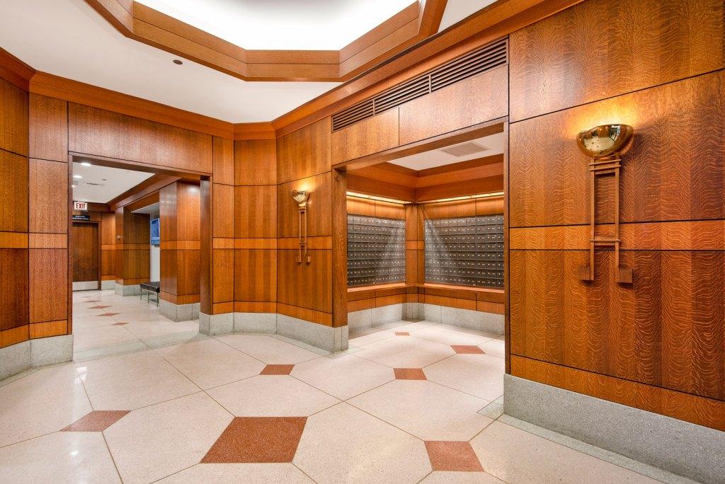 1133 N Dearborn Lobby Interior Chicago Apartments Gold Coast - 2