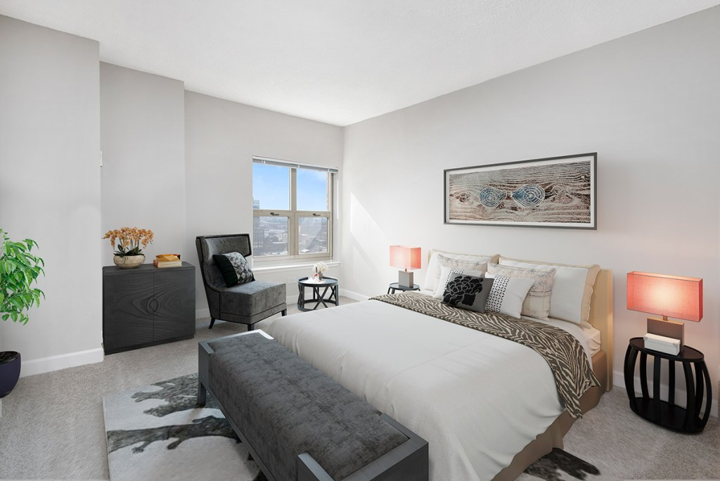 Chicago Apartments, River North, 100 W Chestnut Bedroom