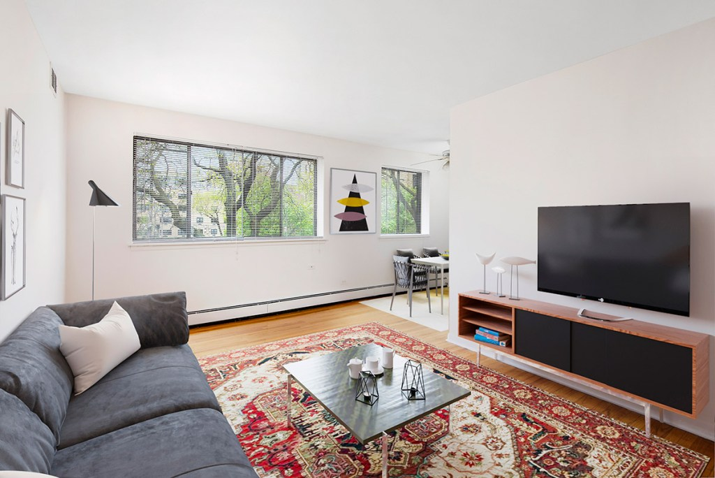 Chicago Apartments, Lakeview, 455 W Wellington One Bedroom