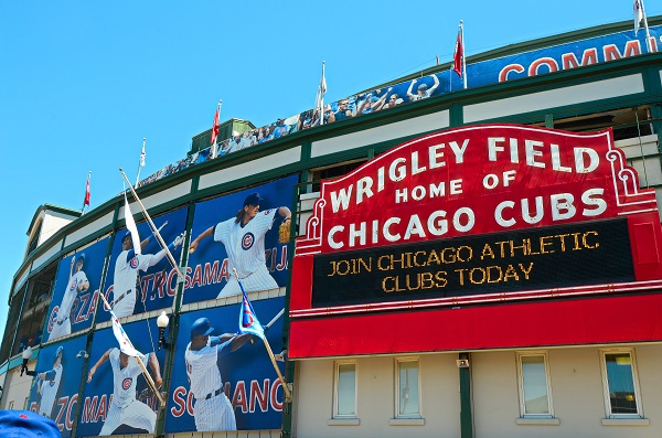 Chicago Apartments, Chicago Neighborhoods, Lakeview, Wrigley Field