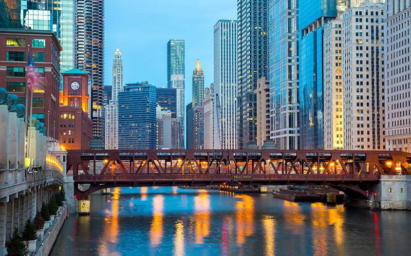 Chicago Apartments, River North, Chicago River
