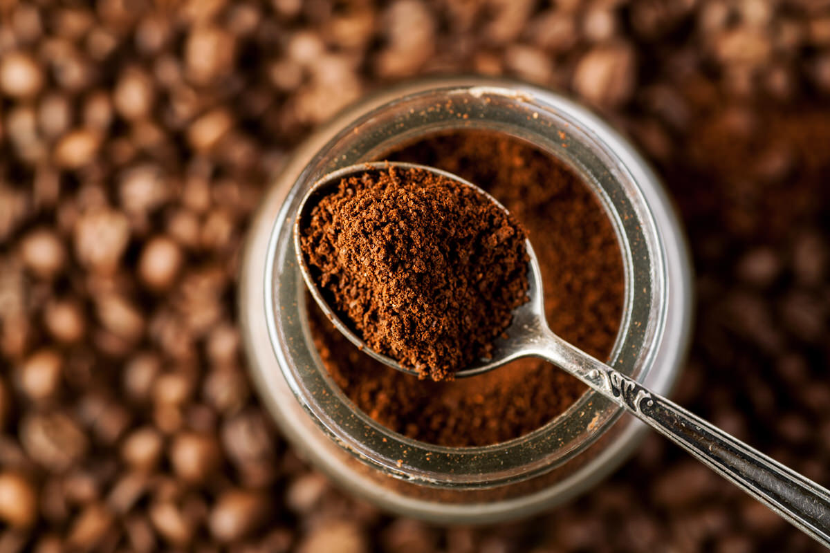 Chicago Apartments, Reusing Coffee Grounds