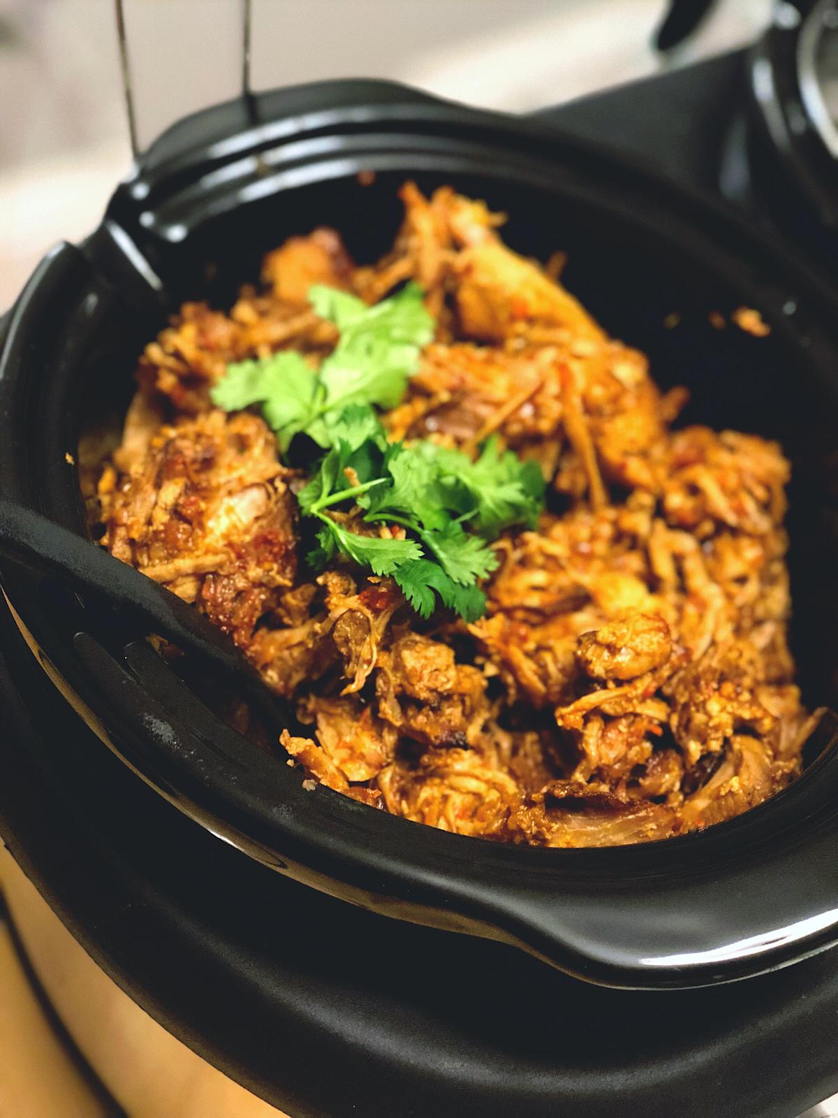 Chicago Apartments, Cinco de Mayo Food, Shredded Chicken Taco Slow Cooker Recipe