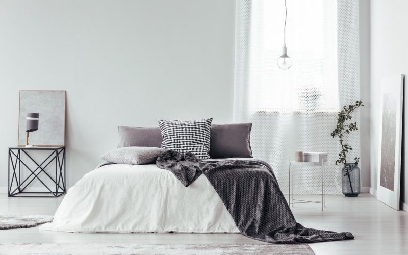 Chicago Apartments, Bed Styling Tips