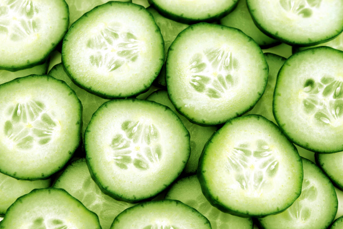 DIY Skin Care Recipes: Cucumber Eye Mask