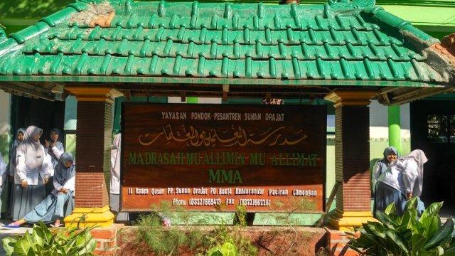 rsz_profile_madrasaha_mualimin_mualimat_yayasan_pondok_pesantren_sunan_drajat_lamongant