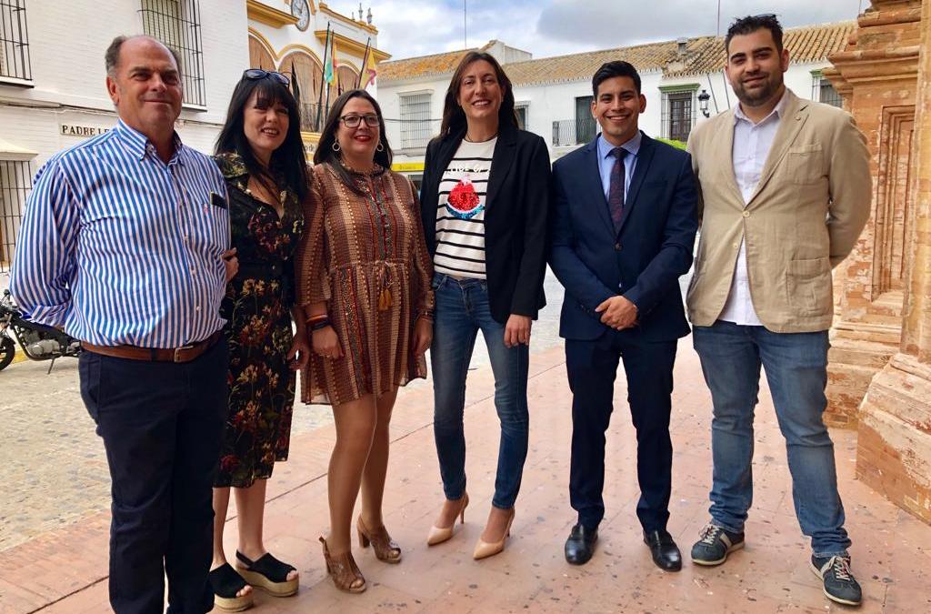 """Loles López: """"El cambio positivo que Juanma Moreno ha traído a Andalucía es el que se va a producir el 26M con Lore Bautista en Umbrete"""""""