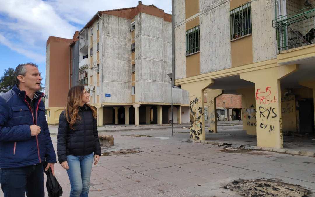 """Teresa Jiménez-Becerril: """"Sólo desde la educación y el empleo se podrá conseguir la inclusión social en barrios desfavorecidos, como las Tres Mil Viviendas"""""""