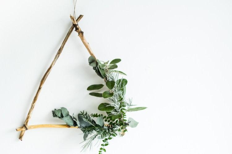 Minimalist Holiday Wreath DIY Project: Modern Asymmetrical Triangle Wreath