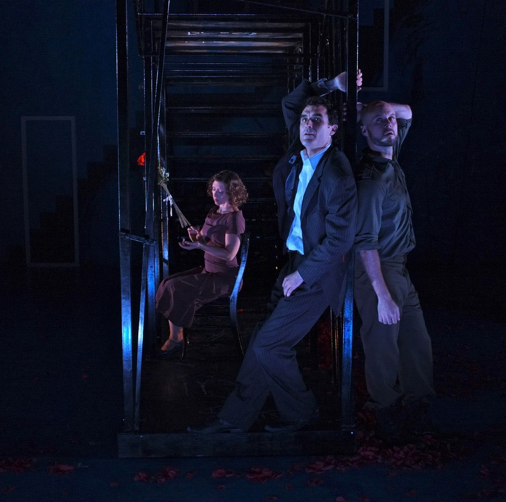 Set and Prop Design by Susan Zeeman Rogers, Costume Design by Oana Botez, Lighting Design by Keith Parham and Sound Design by Jane Shaw. Photos: Richard Finkelstein