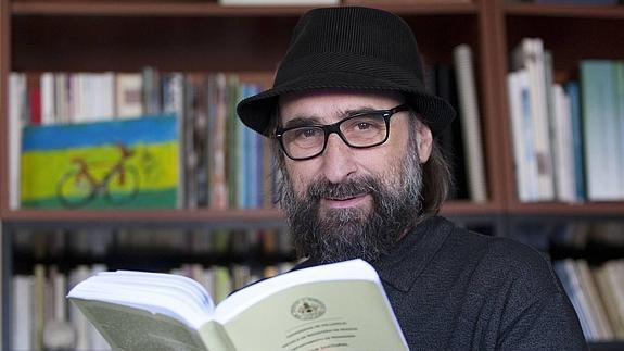 Nacho Rivas el discurso descolonizador en la educación